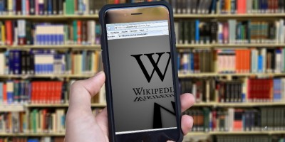 Mobile showing Wikipedia logo